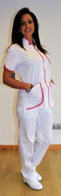 uniforme camarera pisos ribete